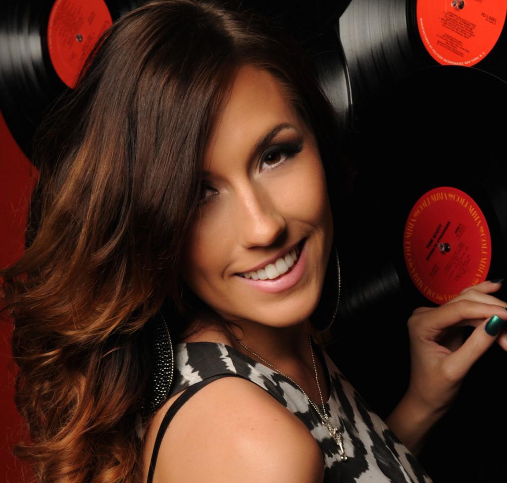 Romi – DJ Romi Lux